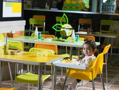صندلی غذای کودک رستورانی